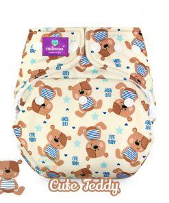 milovia Cute Teddy cover overbroekje voor over basisluier one size tekst logo