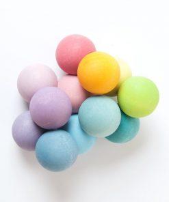 Grimms kralengrijper perfecte speeltje voor onder het verschonen met wasbare luiers (Billenboetiek) kleur pastel