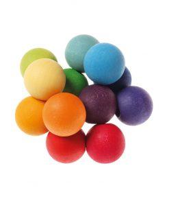 Grimms kralengrijper perfecte speeltje voor onder het verschonen met wasbare luiers (Billenboetiek) regenboog